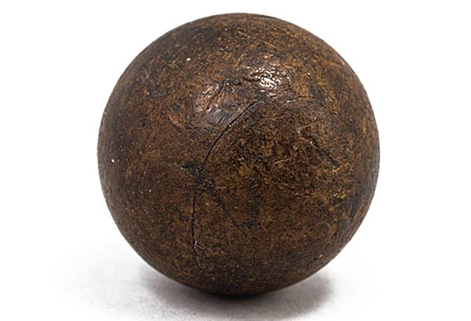 Guttapercha Golfball aus dem 19. Jahrhundert