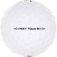 Golfboll av modellen Titleist NXT Tour S (2016)