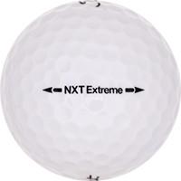 Golfboll av modellen Titleist NXT Extreme