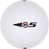 Golfboll av modellen Bridgestone e5